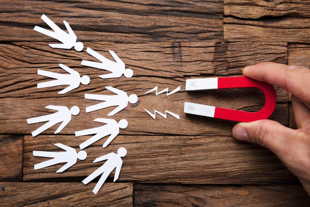 {:en}What is a lead magnet, why is it needed and how it will help you build your email list{:}{:ru}Что такое лид-магнит, зачем он нужен и как он поможет вам собрать базу email рассылки{:}
